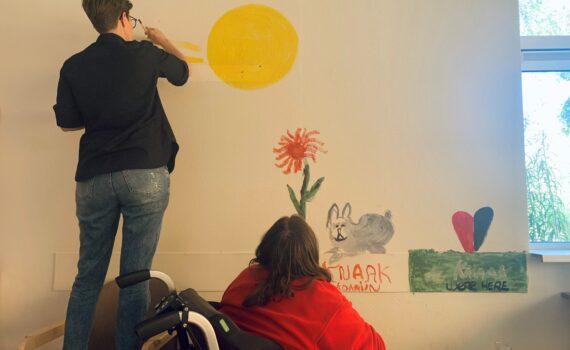 Muur schilderen Anouk serviceorganisatie